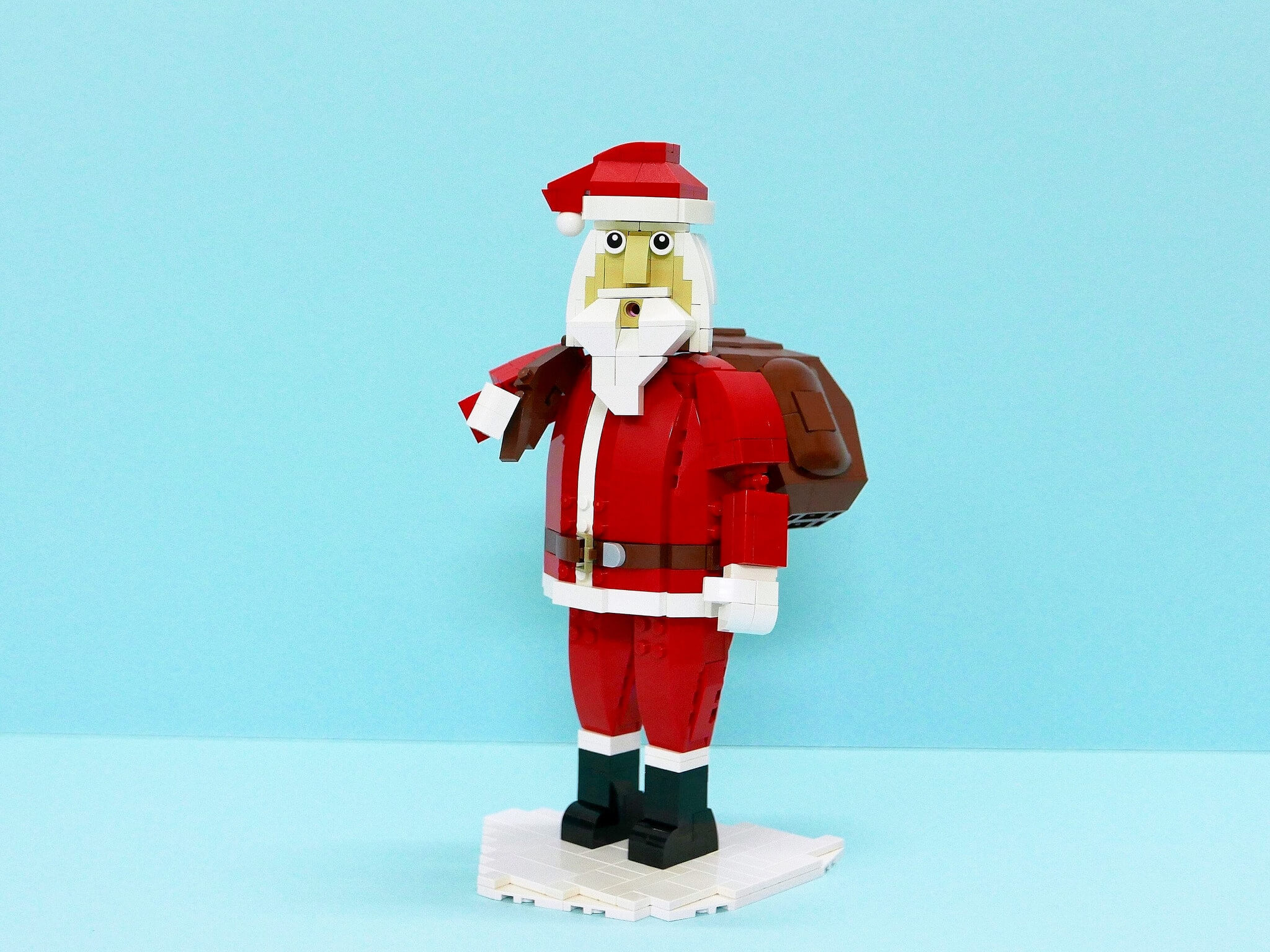LEGO Santa Claus van vincentkiew