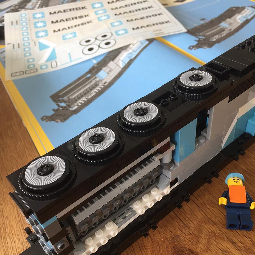 LEGO Maersk Trein 2