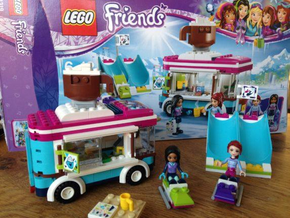 LEGO Friends Wintersport koek- en zopiewagen