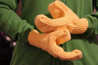 LEGO haak- en breipatronen handschoenen