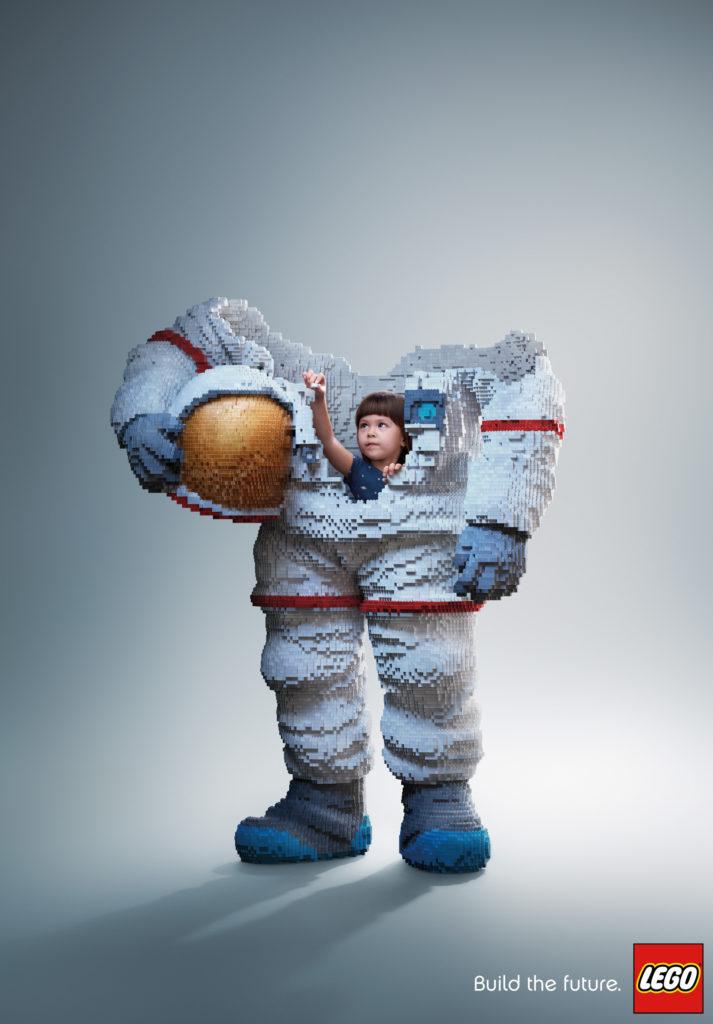 Creatieve constructies astronaut
