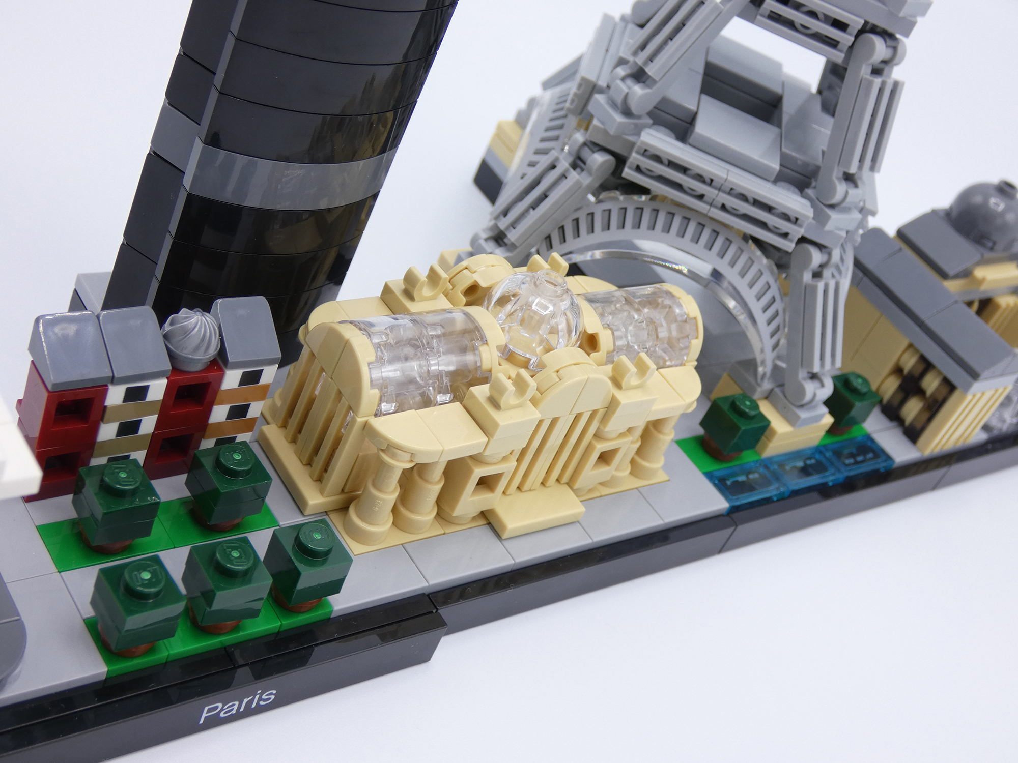 Review LEGO 21044 Paris